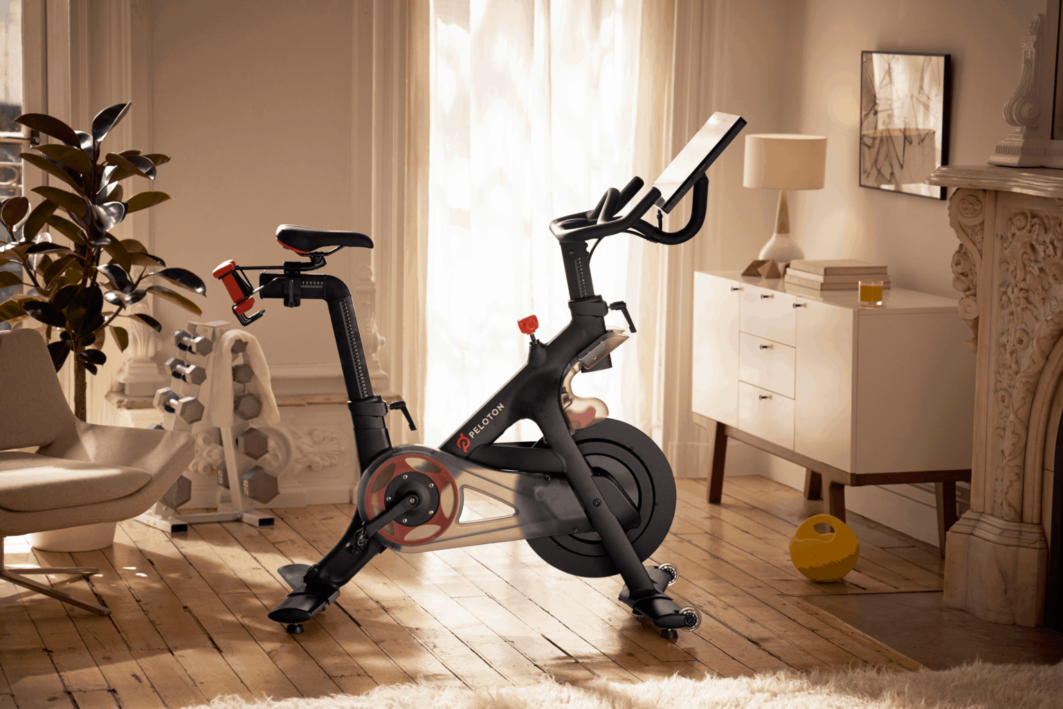 Peloton Cycle Review - Mom Tech Blog