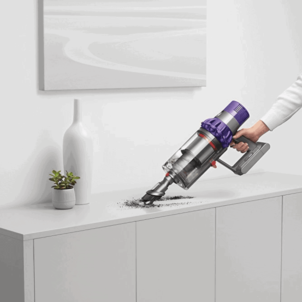 Dyson Cyclone V10 Animal Lightweight Cordless Stick Vacuum