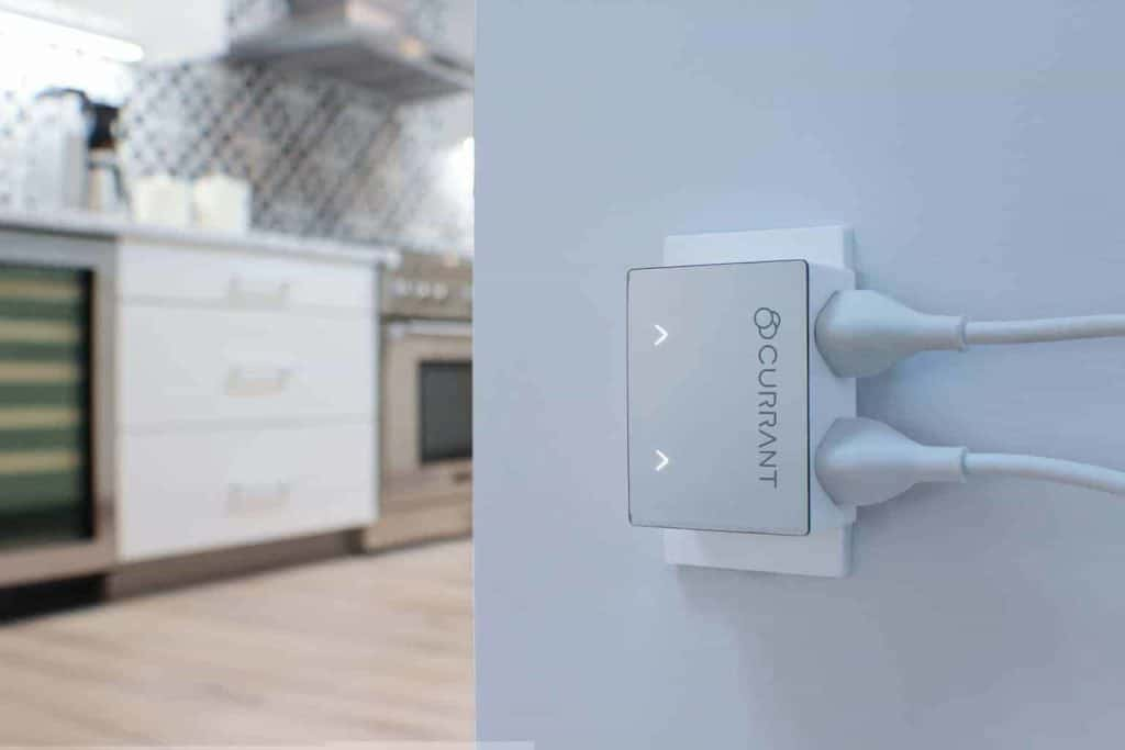 Currant - Artificial Intelligence Powered Smart Outlet